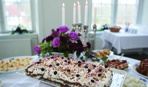 Sønderjysk Kaffebord Søndag kl. 14.00