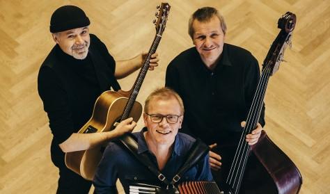 Carls Café - Christian Søgaard Trio