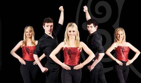 Tuama og Celtic Rhythm Dancers