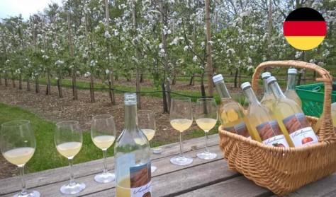 Führung und Verkostung im Rosengarten, Apfelplantage und Mosterei (DEUTSCH)