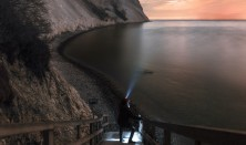 Fuldmånestillevandring på Møns Klint i Dark Sky med måneformørkelse og nattesidning. Overnatning og mad på Camønogaarden
