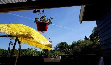 GeoSange under Klinteprinsessens gule parasol