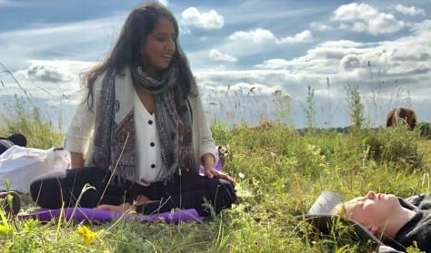Vild Yoga i Høje Møns smukke natur