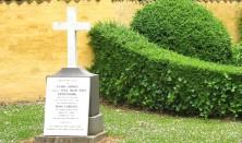 Omvisning: Grundtvigs grav
