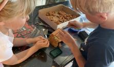Familiesøndag: Minimursten