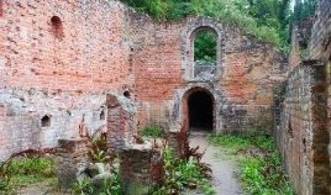 SKAL IKKE BRUGES Besøg Antvorskov Klosterruiner