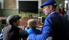 Skole som i gamle dage - Familieaktivitet